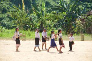 Enfants d'Asie au Laos